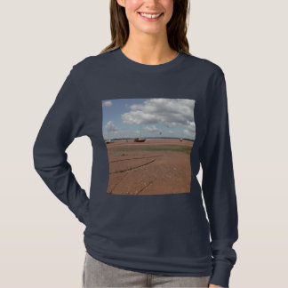 Tidal Moorings. Beached Boats. Devon UK. T-Shirt