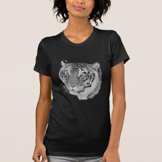 Tiger big cat wildlife realist art t-shirt