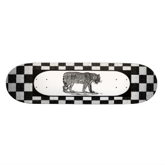 Tiger checker skateboard