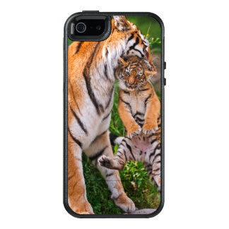 Tiger Cub OtterBox iPhone 5/5s/SE Case