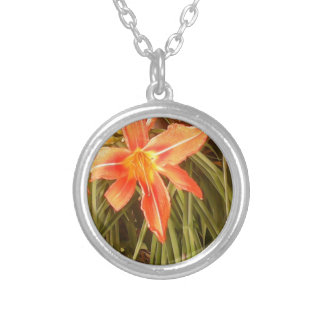 tiger lily round pendant necklace