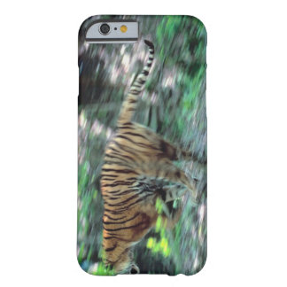 Tiger running barely there iPhone 6 case