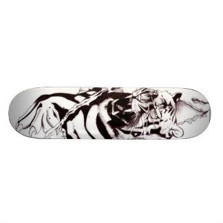 Tiger skateboard design