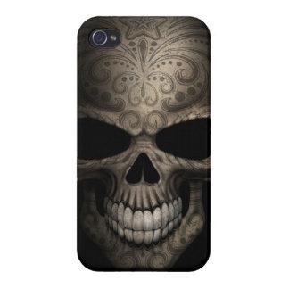 Tight Decorated Dark Skull iPhone 4/4S Cases