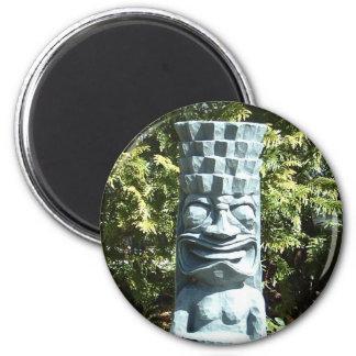 TIKI magnet (round)