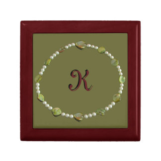 Tiled Box - Gem necklace Small Square Gift Box