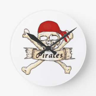 Time for Pirates! Round Clock