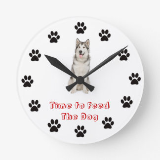 Time to feed the dog Alaskan Malamute Wallclocks