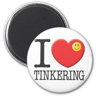 Tinkering 6 Cm Round Magnet