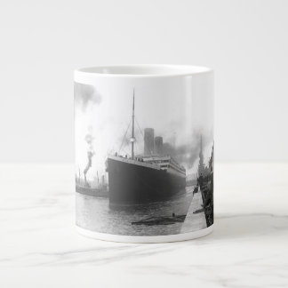 Titanic at the docks of Southampton Large Coffee Mug
