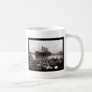 Titanic Leaving Southhampton Basic White Mug
