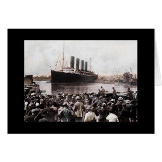 Titanic Leaving Southhampton Greeting Card