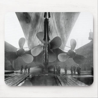Titanic s propellers mouse pads