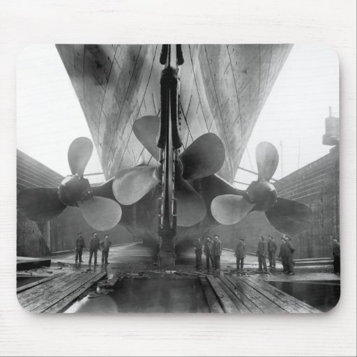 Titanic's propellers mouse pads