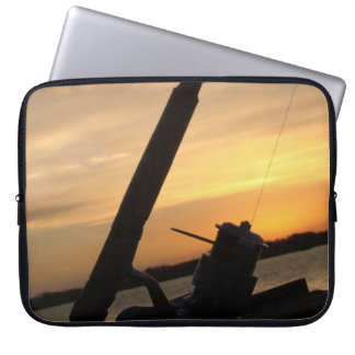 To Fishing moment Laptop Sleeve