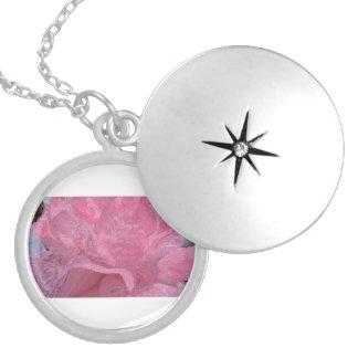 To glue Rosa love Round Locket Necklace
