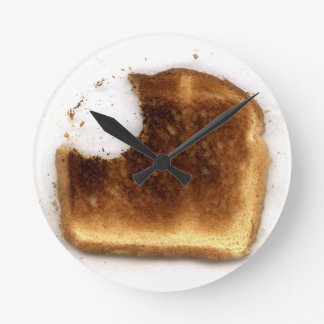 Toast Round Clock