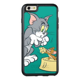 Tom and Jerry Feed The Cat OtterBox iPhone 6/6s Plus Case