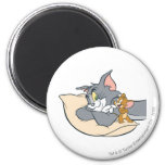 Tom and Jerry On Pillow 6 Cm Round Magnet