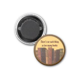 too many books art 3 cm round magnet