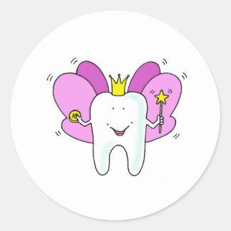 Tooth fairy princess congratulations. round sticker