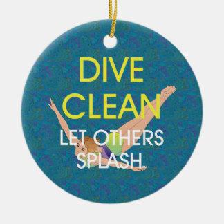 TOP Dive Clean Christmas Ornament