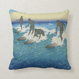 TOP Motion on the Ocean Throw Pillow