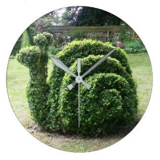 Topiary garden snail smile time green wallclock