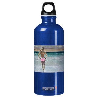 Topless bikini girl on Mexican beach SIGG Traveller 0.6L Water Bottle
