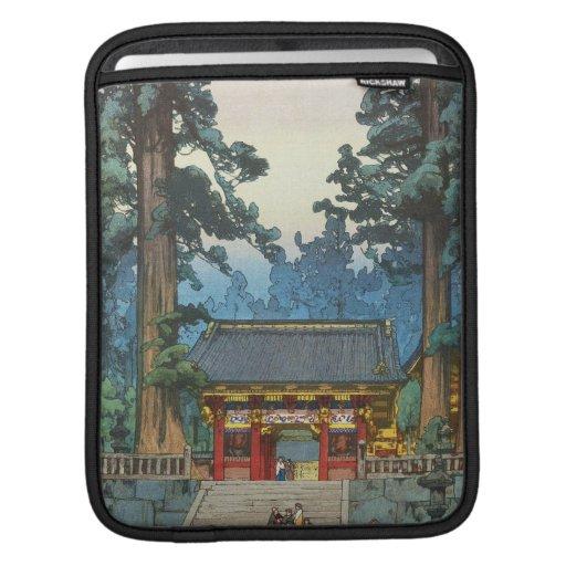 Toshogu Shrine Hiroshi Yoshida japanese fine art Sleeve For iPads
