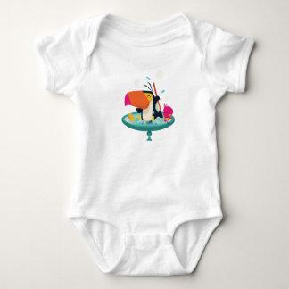 Toucan in the tub baby bodysuit