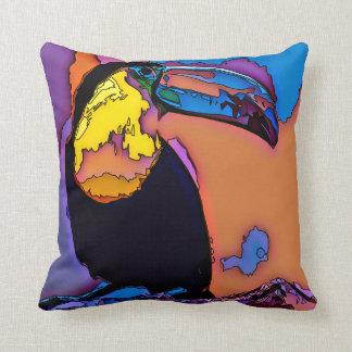 Toucan - Live the Wild Life / Pillow