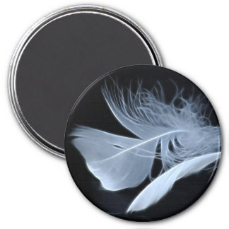 Touching feathers 7.5 cm round magnet