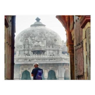 Tourist in gateway photo
