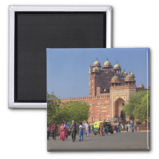 Tourists in front of Fatehpur Sikri, in the Square Magnet