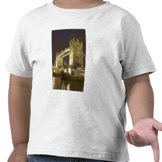 Tower Bridge and River Thames at dusk, London, T-shirts