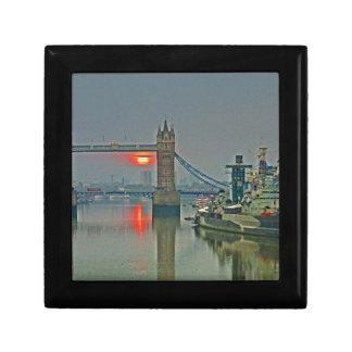 Tower Bridge at Dawn Gift Box