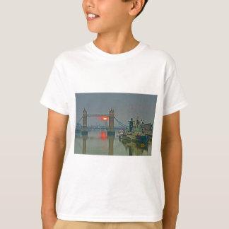 Tower Bridge at Dawn T-Shirt