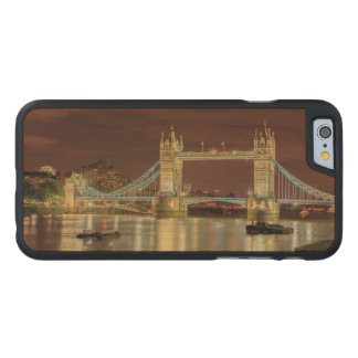Tower Bridge at night, London Carved Maple iPhone 6 Case