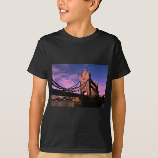 tower bridge Colourful Image T-Shirt