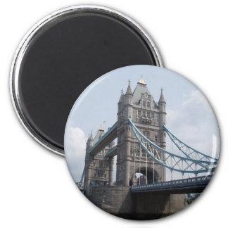 Tower Bridge, London. 6 Cm Round Magnet