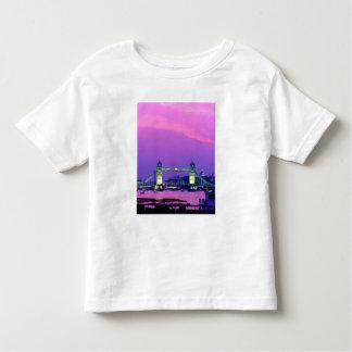 Tower Bridge, London, England 2 T-shirt