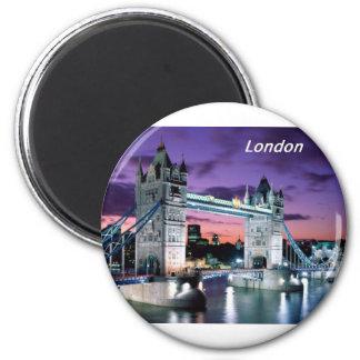 Tower-Bridge-London-[kan.k].JPG 6 Cm Round Magnet