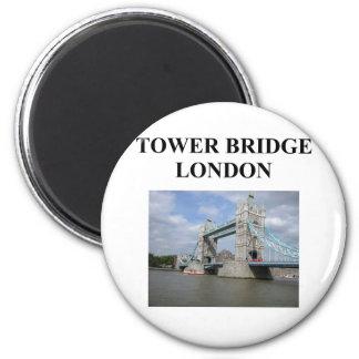 tower bridge ;ondon england 6 cm round magnet