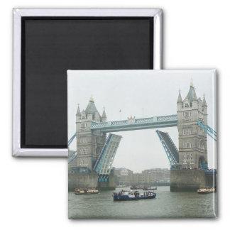 Tower Bridge, rasied Magnet
