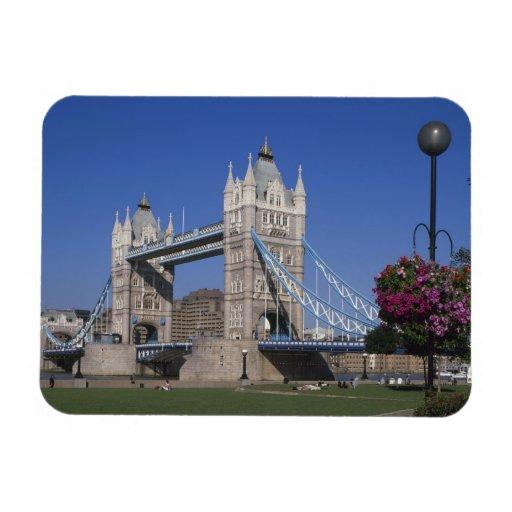 Tower Bridge, River Thames, London, England Magnets