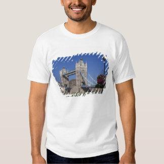 Tower Bridge, River Thames, London, England Tee Shirts