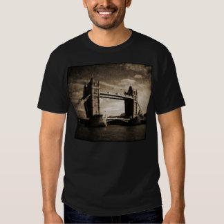 Tower_Bridge T Shirts