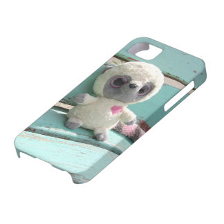 Toy racoon sitting on bench design iPhone 5 case