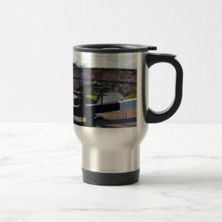 Traditional British Canal Lock Travel Mug